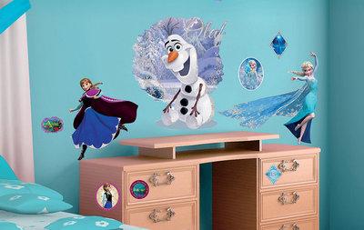Muursticker Disney Frozen Olaf & Elsa (groot)